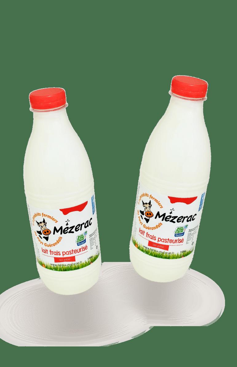 lait-entier-deux-bouteilles-ferme-mezerac-pays-guerande