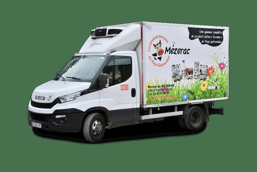 livraisons-loire-atlantique-ferme-mezerac-produits-laitiers-laitiers